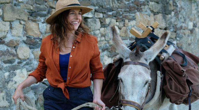 Antoinette dans les Cévennes : Laure Calamy seule en selle